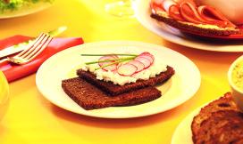 Aantrekkelijk ontbijt moet uitnodigen tot eten