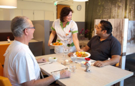 Flevoziekenhuis start interne voedings- en serviceopleiding