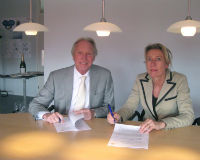 Sint Jacob en Holland Food Service ondertekenen contract