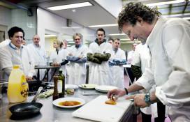Chef-kok VUmc start nieuwe bereiding van vlees