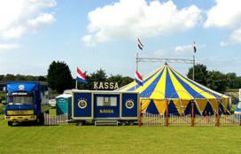 Circus Sijm organiseert voorstellingen voor woonzorgcentra