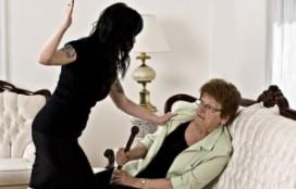 Geweld tegen ouderen neemt toe