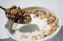 Niet mee-etende ontbijtgenoot maakt dat we minder eten