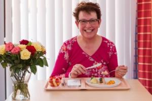 Vlaamse en Nederlandse chefs vechten voor smaakvolle zorgmaaltijd